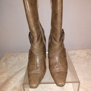 CL by Laundry Light Brown Heel Boots